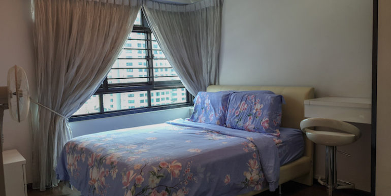 441D Fernvale Road 4A HDB For Sale Master Bedroom