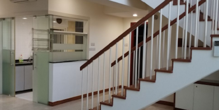 Compass Heights Penthouse For Sale Staircase